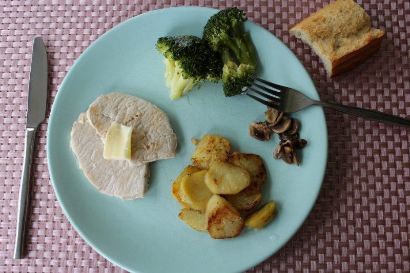 Filet de porc avec brocoli pomme de terre