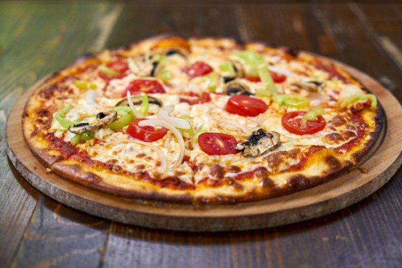 Pizza végétarienne maison fraiche et bio sans additifs